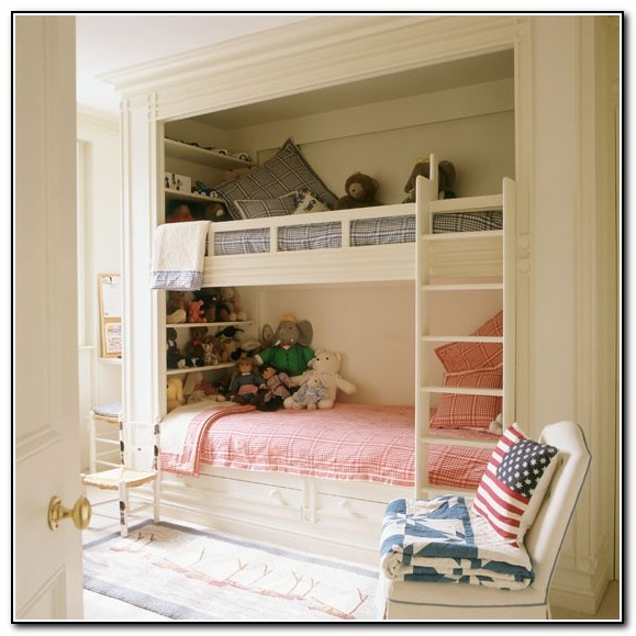 Built In Bunk Beds For Small Spaces