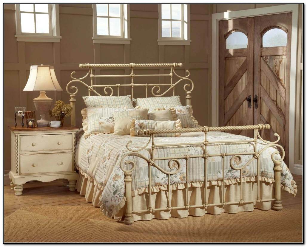 wrought iron bedroom furniture beds home design ideas abpwgy9pvx7435. Black Bedroom Furniture Sets. Home Design Ideas