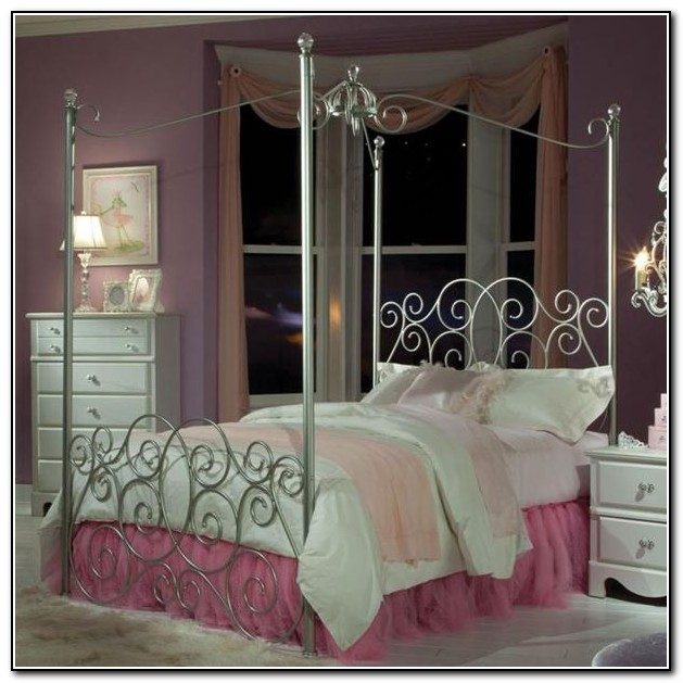 Canopy Beds For Girls Twin Size