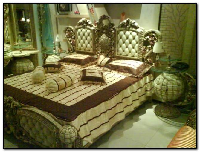 Four Post Bedroom Set