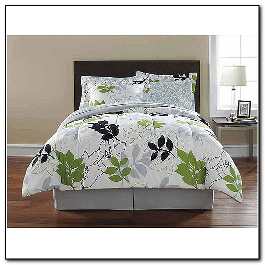 Green Gray And White Bedding