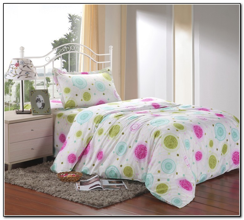 Polka Dot Bedding Sets