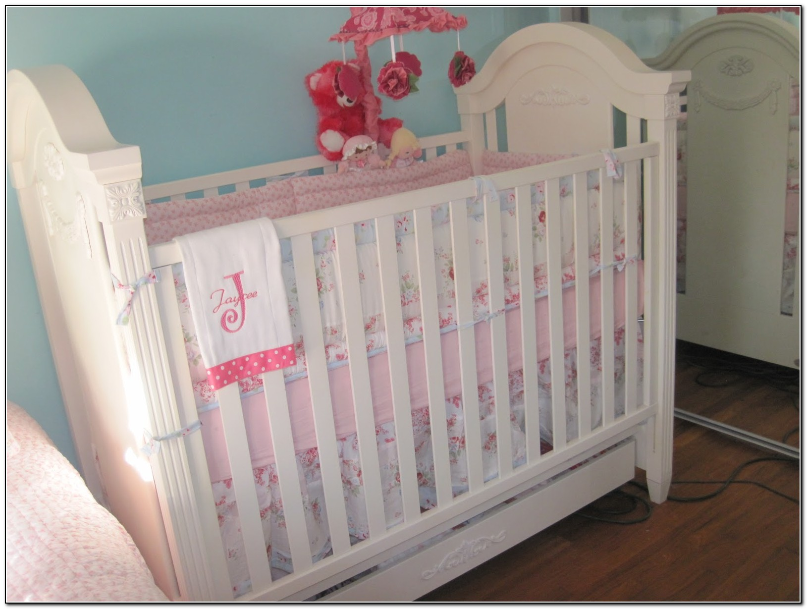 shabby chic baby bedding target beds home design ideas k6dzk6eqj210258. Black Bedroom Furniture Sets. Home Design Ideas