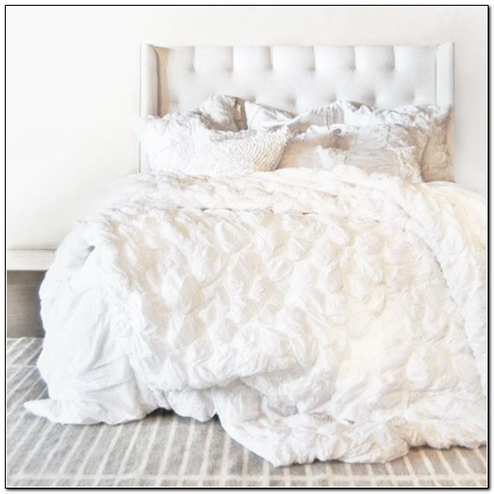 White Ruffle Bedding Set